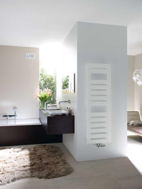 Zehnder metropolitan spa radiateurs design - Radiateur plinthe zehnder ...